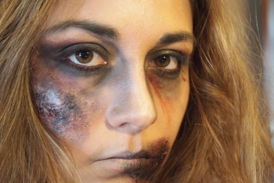 maquillage zombie facile et rapide sans latex. Black Bedroom Furniture Sets. Home Design Ideas