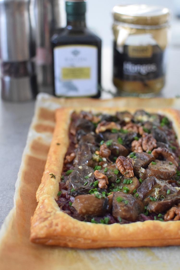 La tarte aux Cèpes et Noix | LovaLinda | Blog Cuisine Recettes Entrée Plat | Photographie
