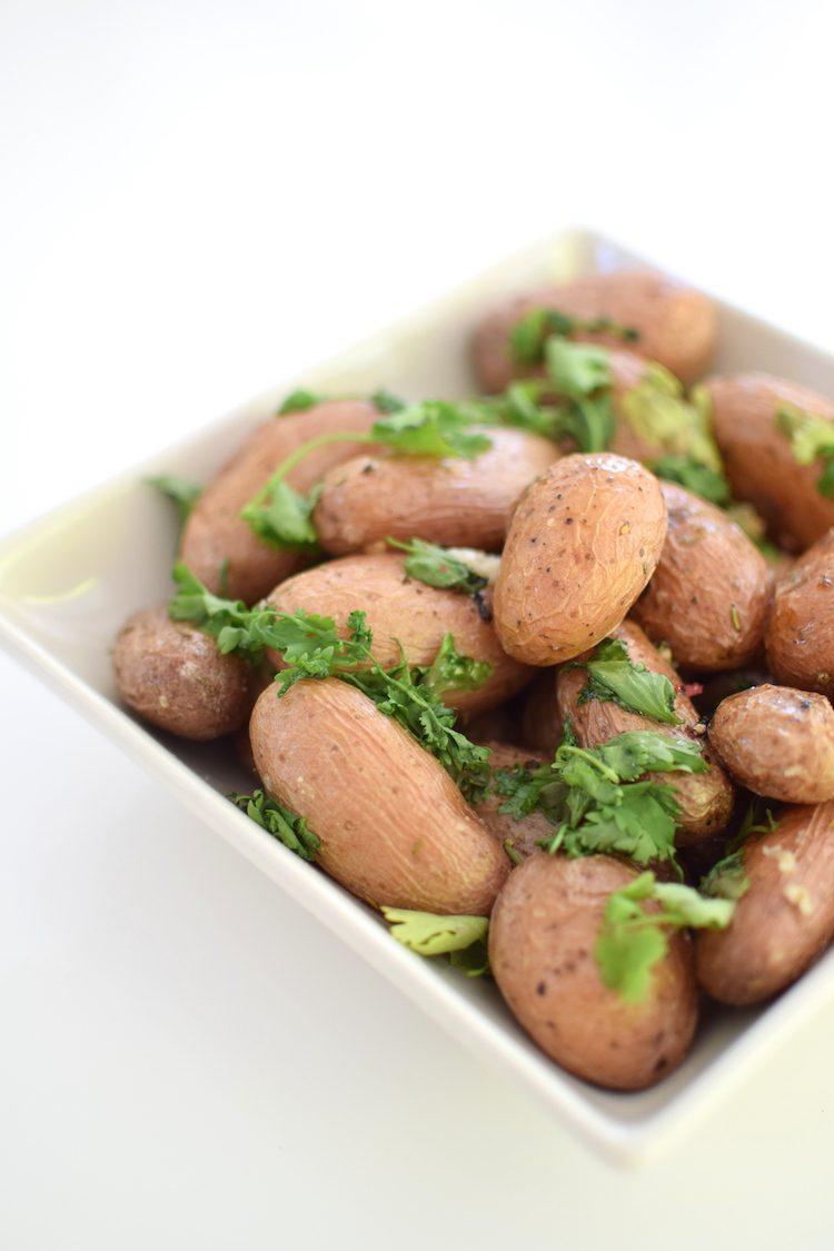 Les grenailles à la coriandre | Pommes de Terre | LovaLinda | Blog Cuisine Recettes Entrée Plat Salade Brunch | Photographie