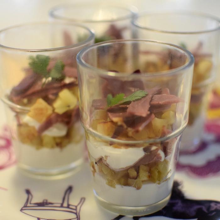 Les verrines de chèvre frais et magret | Recettes de Fêtes | LovaLinda | Blog Cuisine Recettes Briouates Apéritif