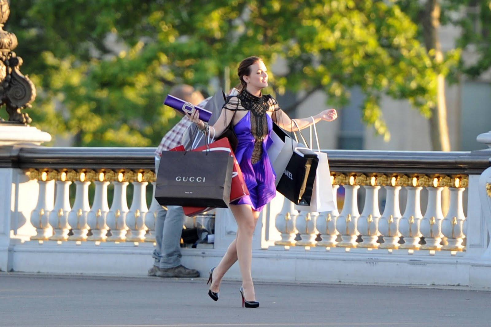 Blair GG Fashionista Shopping