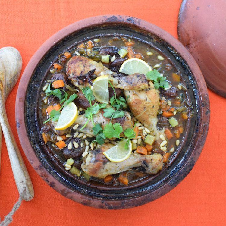 Le tajine poulet aux abricots secs | LovaLinda | Blog Cuisine Recettes Plat | Photographie