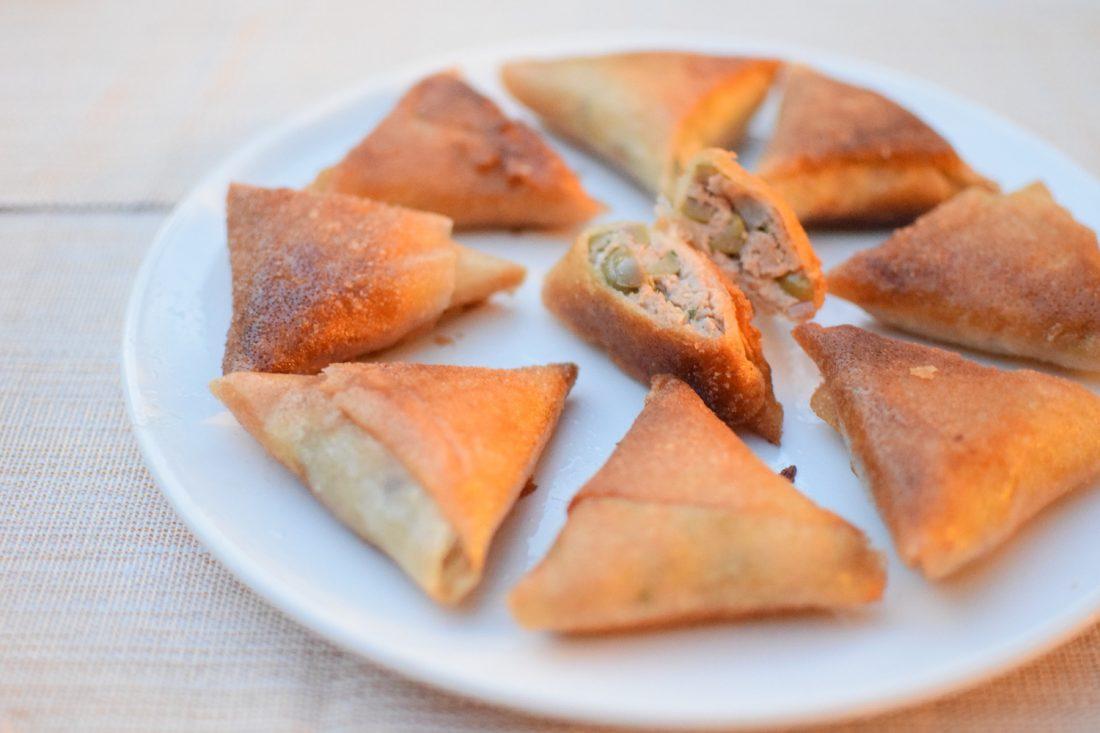 Les samossas au thon | LovaLinda | Blog Cuisine Recettes Briouates Apéritif | Ramadan