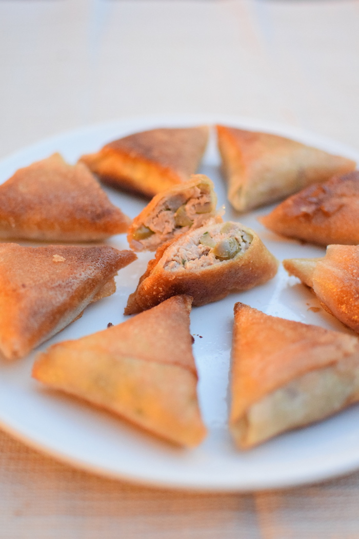 Les samossas au thon | LovaLinda | Blog Cuisine Recettes Briouates Apéritifs Ramadan
