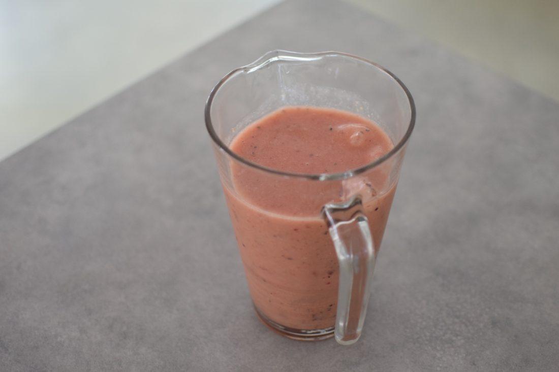 Le smoothie melon et baies noire et rouges | LovaLinda | Blog Cuisine Recettes Boissons