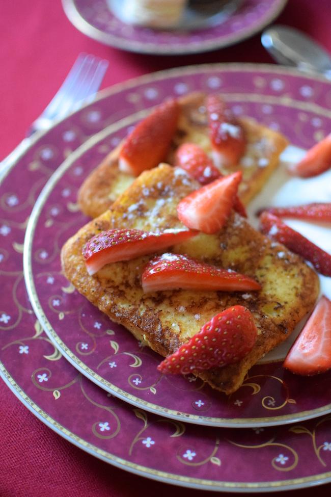 Le pain perdu aux fraises | LovaLinda | Blog Cuisine Recettes Brunch