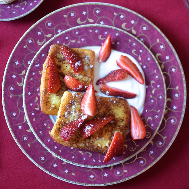 Le pain perdu aux fraises | LovaLinda | | Blog Cuisine Recettes Brunch