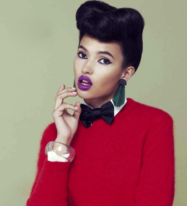 Vogue December 2012 : LovaLinda