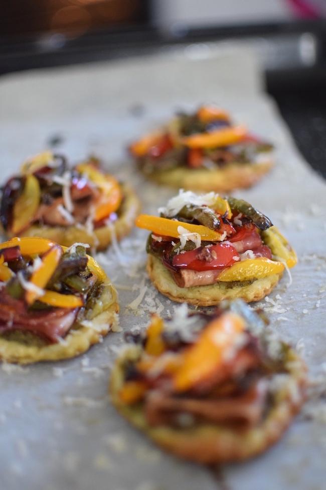 Les tartelettes aux poivrons | LovaLinda | Blog Cuisine Recettes Apéritif | Recettes de Fêtes