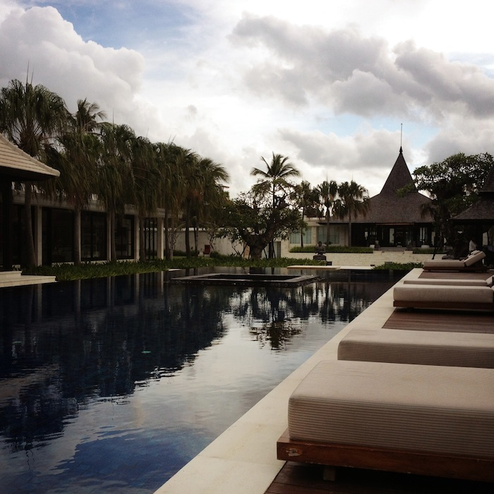LovaLinda Bali RoyalSantrian Pool Sky