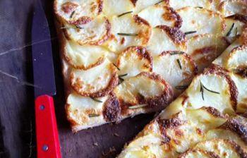La pizza de pommes de terre