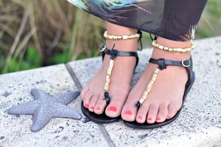 La vahiné de South Beach - LovaLinda x Sandro Sac Addict x Ancient Greek Sandals