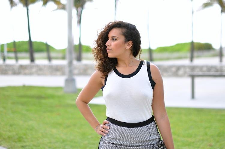 La voyage aux épaules - LovaLinda x Sandro  x Zara Top