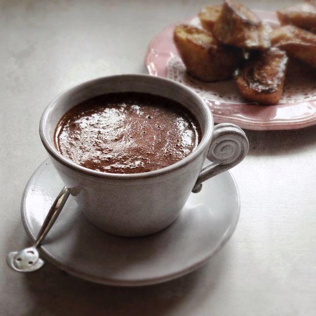 Le chocolat chaud à l'ancienne par Julia Vale M