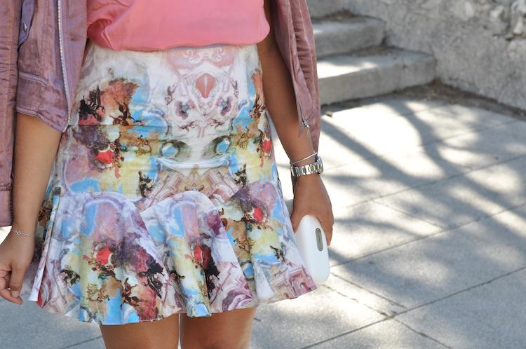 Le 200 tu aimes - LovaLinda -Carven Skirt x Sandro Silk Top