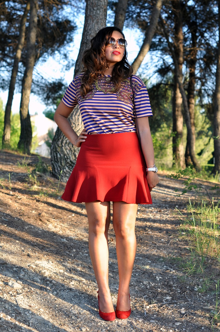 LovaLinda - Les rayures tango - Carven Striped Print Top x Zara Skirt x Tom Ford Sunglasses x Tara Jarmon Pumps x Cos Clutch