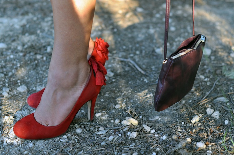 LovaLinda - Les rayures tango - Tara Jarmon Pumps x Cos Clutch