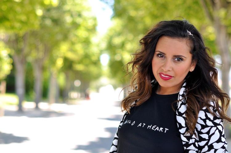 Lulu & Coeurs Sauvages - LovaLinda - Wild at heart T-shirt - Lulu&Co x Vint lips-print blazer - DVT x Headband - Asos