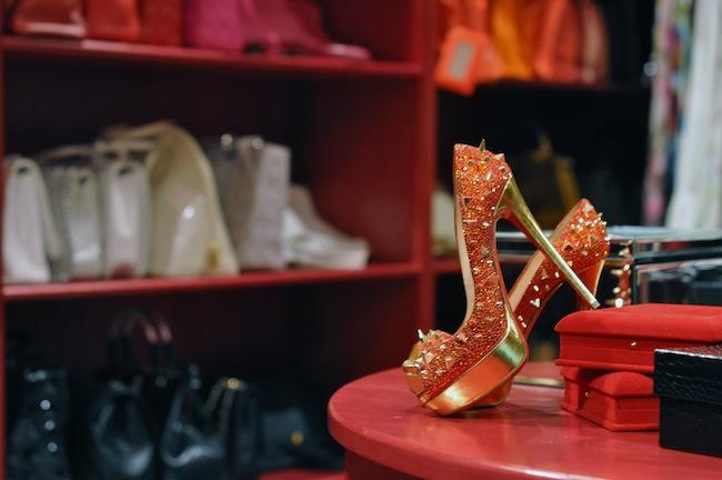 Dressing Princesse Sanaa | LovaLinda x Christian Louboutin Pumps Limited Edition