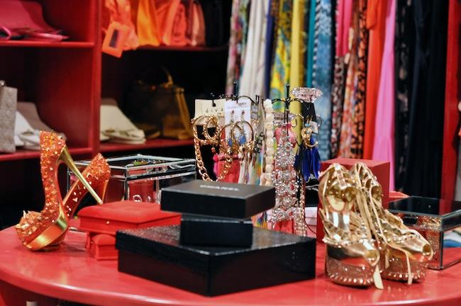 Dressing Princesse Sanaa | LovaLinda x Christian Louboutin Pumps x Chanel Accessoiries