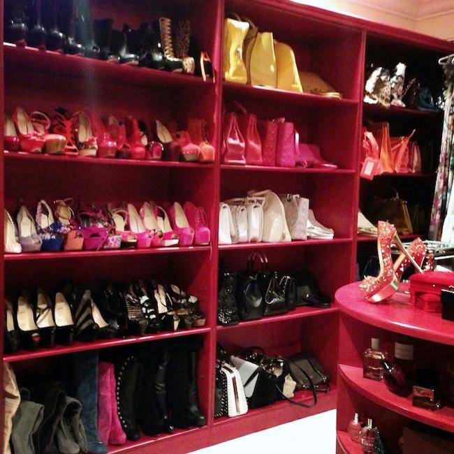 Dressing Princesse Sanaa | LovaLinda x Christian Louboutin x Azzeddine Alaia x YSL x Giuseppe Zanotti x Casadei Pumps x Dior x Hermès x Prada Bag