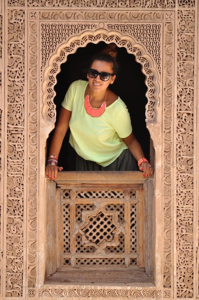Les mille et une nuits à Marrakech | Lovalinda x Medina x Médersa Window and I