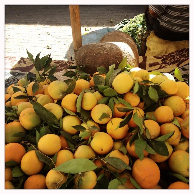 Les mille et une nuits à Marrakech | Lovalinda x Medina x Souk x Oranges