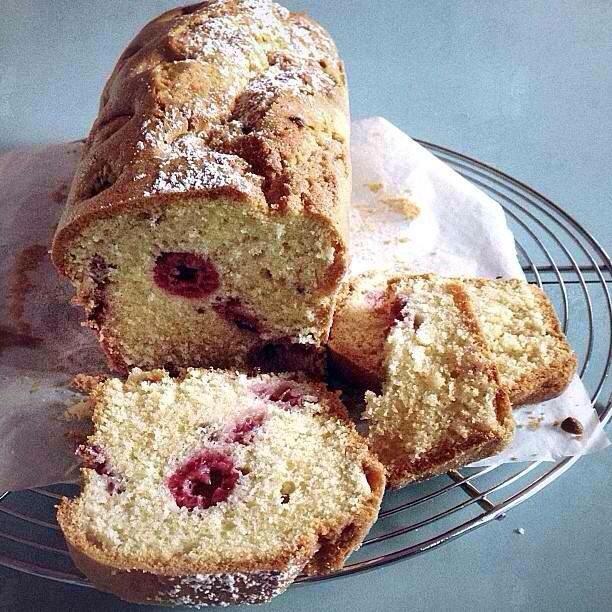 Cake à la framboise par Julia Vale Marchier | Lovalinda