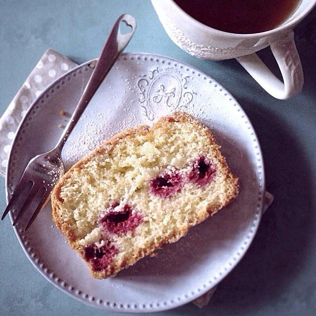 Le cake aux framboises | Julia pour Lovalinda