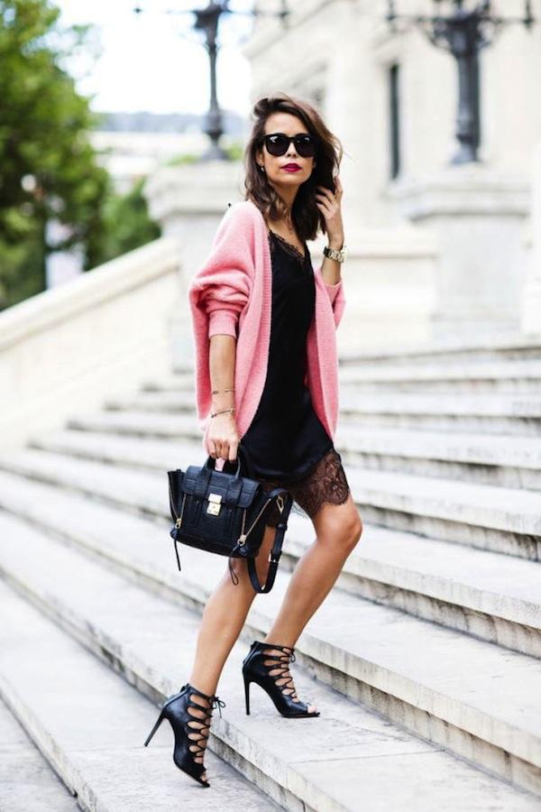 La petite robe noire | LovaLinda x Lingerie-black-dress-street-style