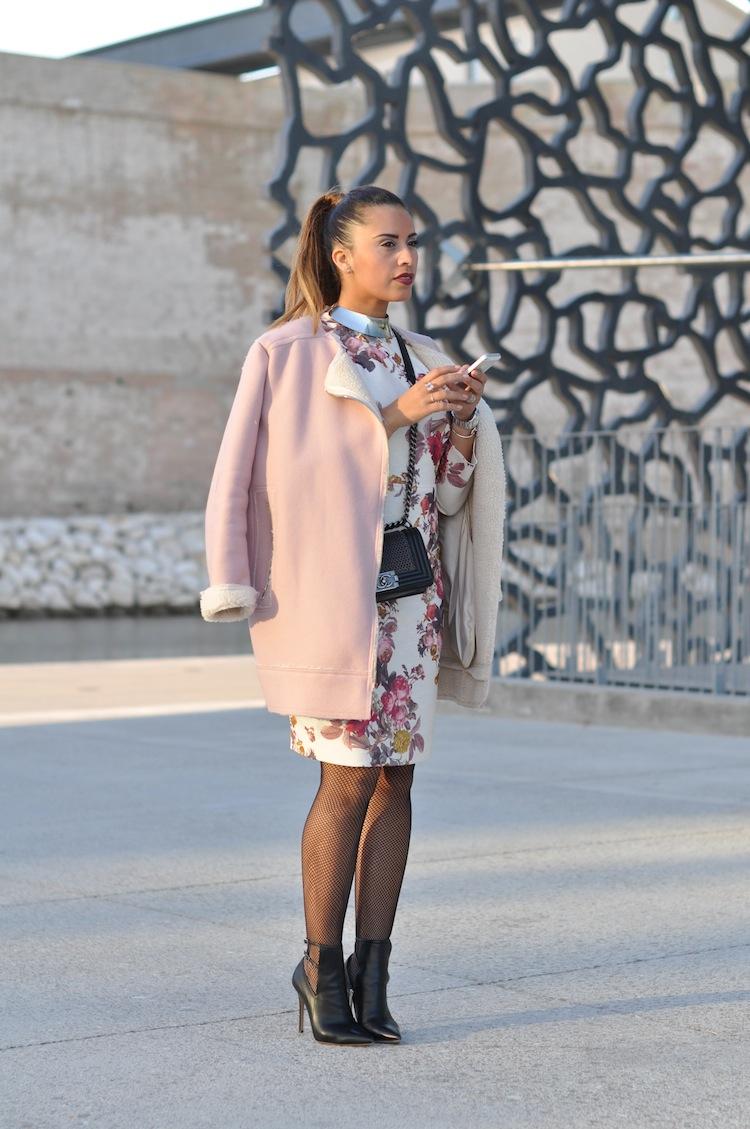 La pom fleurie | LovaLinda x TopShop Coat x Zara Dress x Sergio Rossi Boots x Chanel Boy Bag