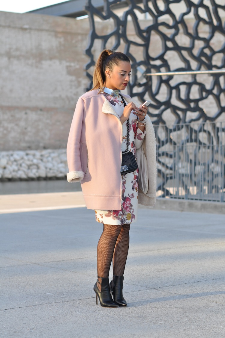 La pom fleurie | LovaLinda x TopShop Jacket x Zara Dress x Sergio Rossi Boots x Chanel Boy Bag