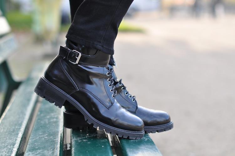 Le plaid coat | LovaLinda x Zara Combat Boots