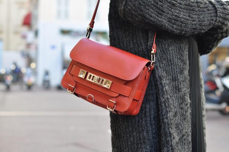 Les 5 nuances de gris | LovaLinda x Zara Knitwear x Proenza Schouler PS11 Bag
