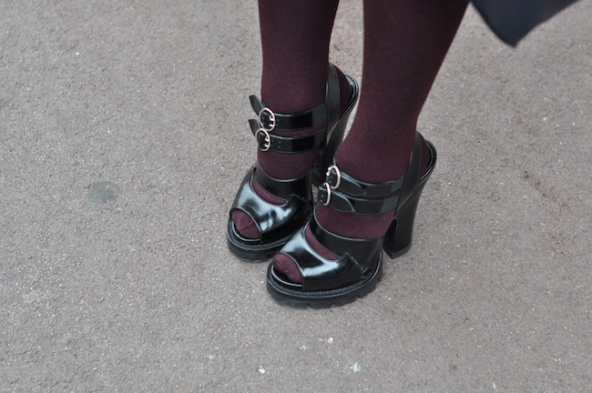 L'hiver enfile son short | DorisKnowsFashion x StreetStyle x Prada Pumps