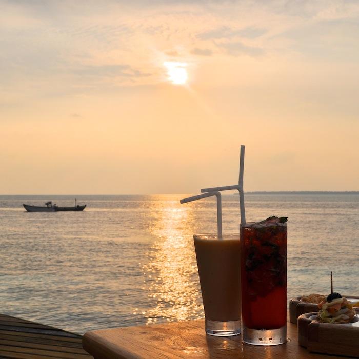 L'island Hideaway | Maldives | LovaLinda x Food x Restaurant x Apéritif x Sunset