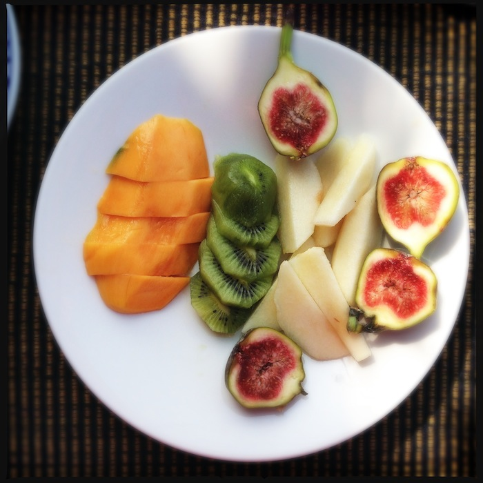 L'island Hideaway | Maldives | LovaLinda x Food x Restaurant x Breakfast x Fresh Fruits