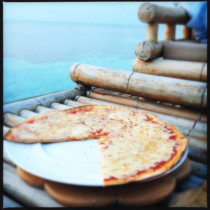 L'island Hideaway | Maldives | LovaLinda x Food x Restaurant x Pizza