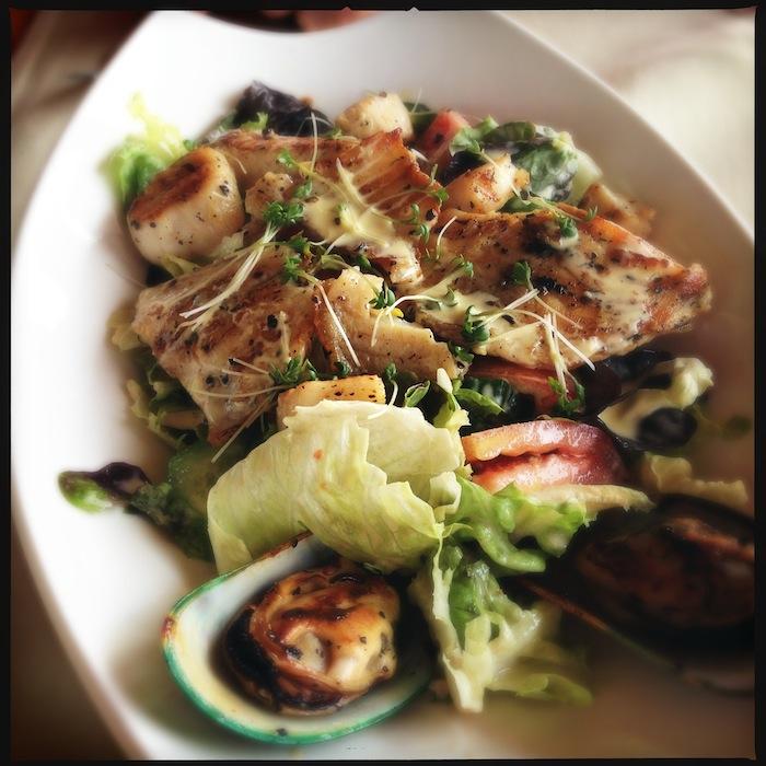 L'island Hideaway | Maldives | LovaLinda x Food x Restaurant x Salade Caesar