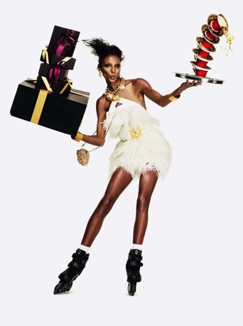 Vogue-Cadeaux-Versace