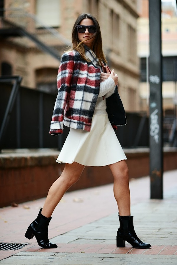 plaid-jacket-zina-charkoplia-fashionvibe-white-skirt-black-boots