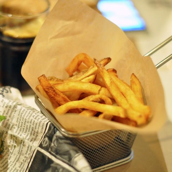 Le Burger's Banquet | LovaLinda x Frites Maison