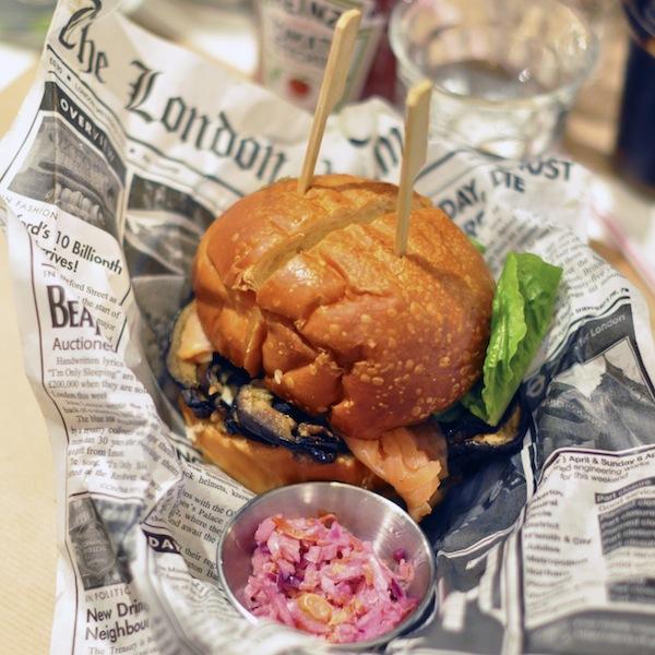 Le Burger's Banquet | LovaLinda x Saumon Burger