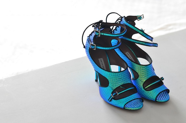 Les Bailey de Tabitha | LovaLinda x Bailey hologram high-heel sandals