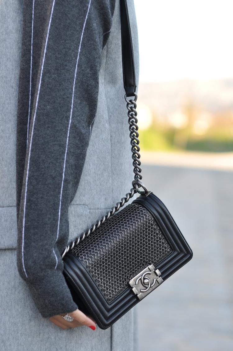 L'atout gris   LovaLinda x Blog Mode Look Marseille x Zara Jacket x Stella McCartney x Chanel Boy