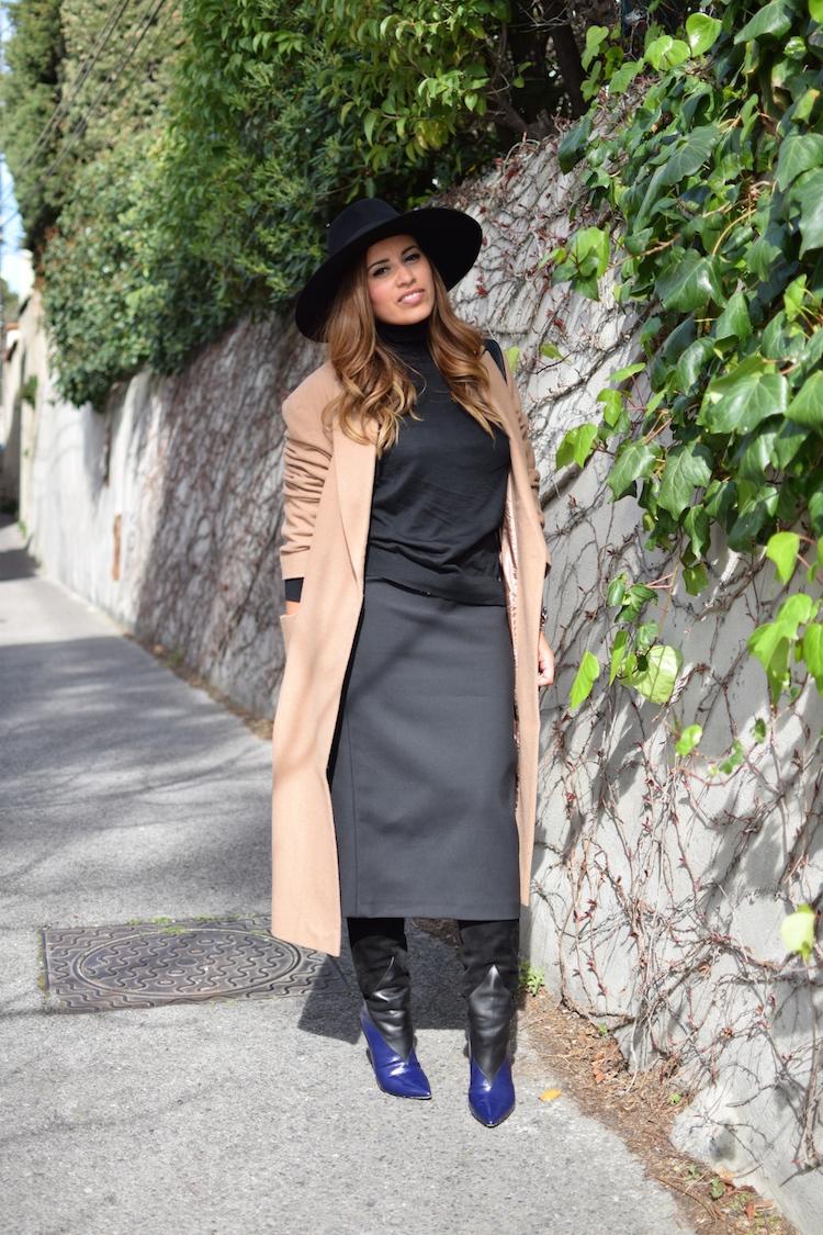 L'uniforme d'hiver | LovaLinda x Manteau Camel Asos x Zara Jupe x Pull Stella McCartney x Pierre Hardy Boots x Maison Michel Fedora