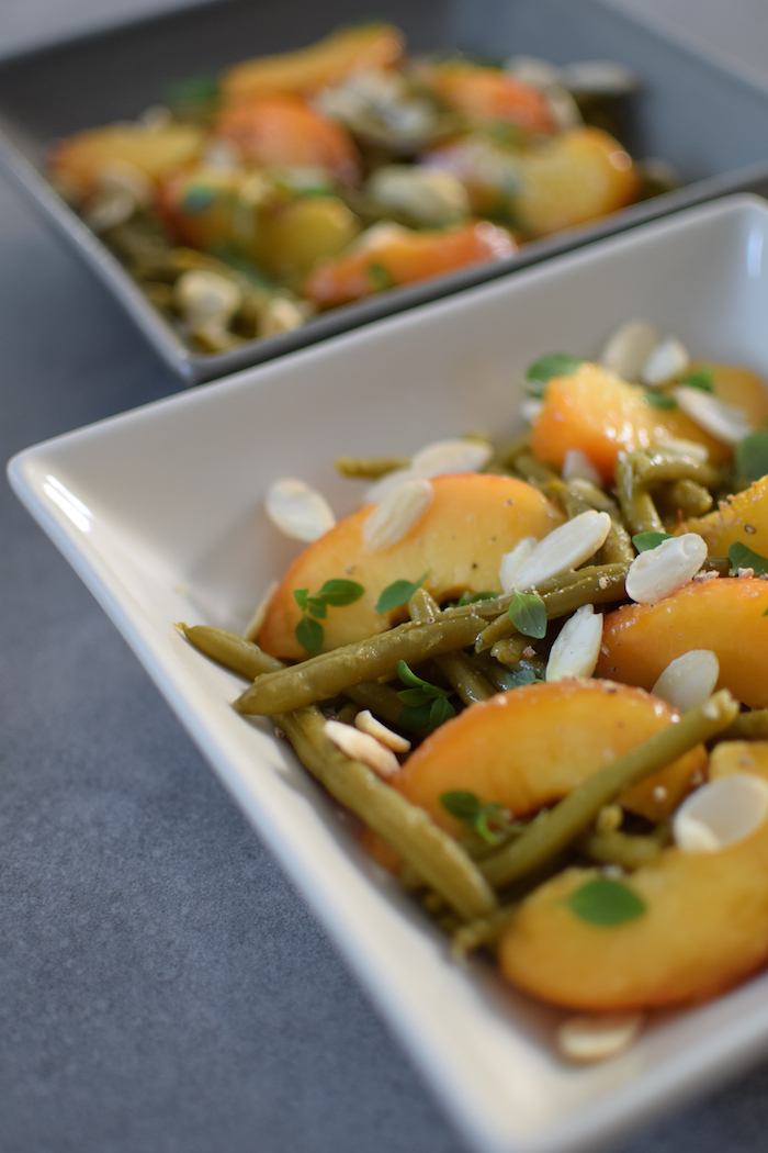 La salade de pêches, amandes et haricots verts | LovaLinda x Blog Cuisine x Marseille x Ramadan x Recette
