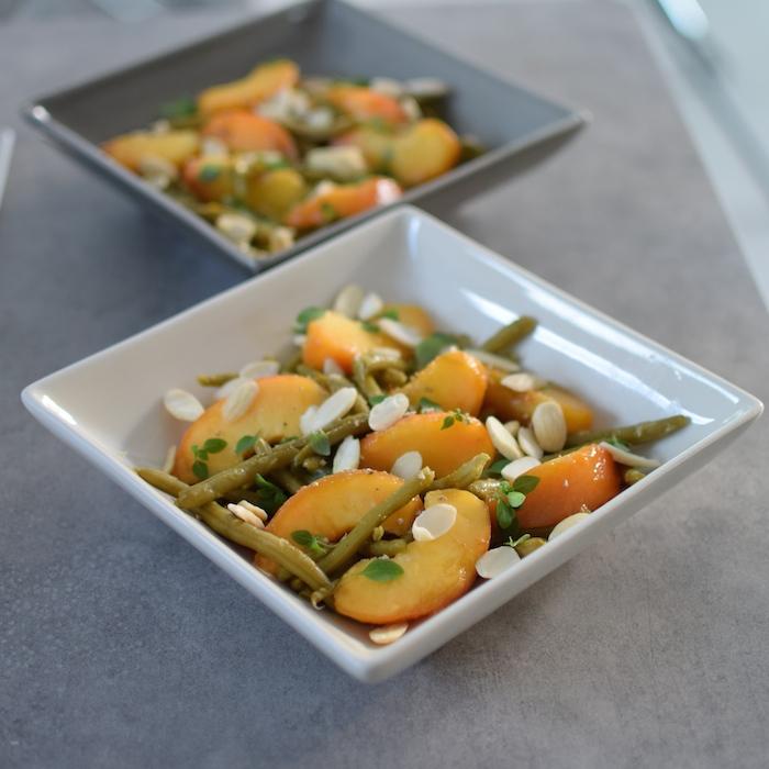 La salade de pêches, amandes et haricots verts | LovaLinda x Blog Cuisine x Marseille