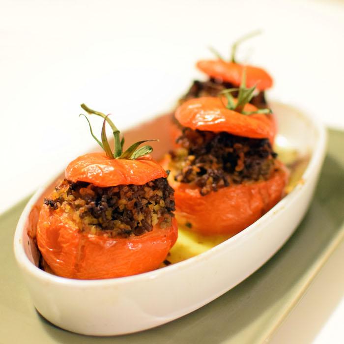 Les tomates farcies aux merguez par Lovalinda x Blog Cuisine Recette Ramadan x Quinoa