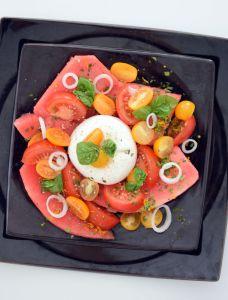 La salade de pastèque et burrata